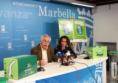 Mancomunidad entrega nuevos contenedores de pilas al Ayuntamiento de Marbella
