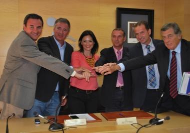 Acosol firma un crédito de 15 millones con Caja Rural de Granada para culminar la concesión de Mijagua