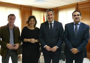 """La Mancomunidad y el Ayuntamiento de Mijas alcanzan un acuerdo para llevar suministro de agua a """"La rosa del Aguado"""""""